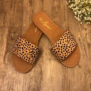 🐆🌞 NEW Cheetah/Leopard Slip On Sandals 🌞🐆